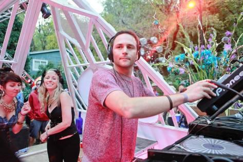 DJ Galen ~ Main Stage